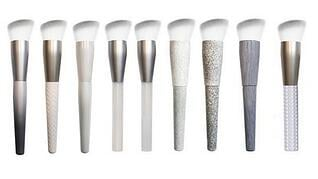 Man-made-cosmetics-brushes_pg3.jpg